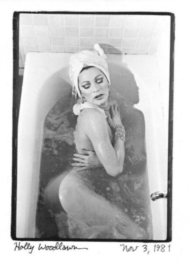 Holly Woodlawn bathtub 1981a