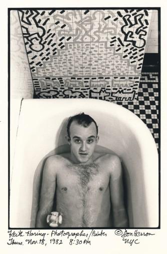 Keith Haring tub 1982