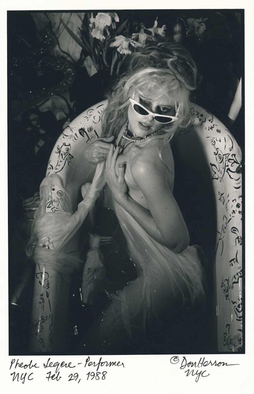 Phoebe Legere tub 1988